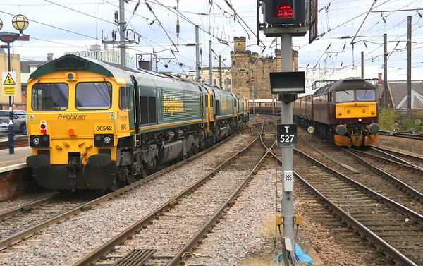 15 September 2018. Five for the price of one as 66542 + 66539 + 66602 + 66413 head North through Newcastle heading from Leeds Midland Road to Millerhill whilst 47854 Diamond Jubilee approaches on ECS, the 5Z82 1553 Heaton T&RSMD - Newcastle. 47832 was on the rear and the two 47's would then work the return leg of the Beamish & Durham Statesman, the 1Z82 1606 Newcastle - Ely.