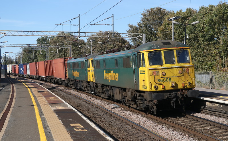 29 September 2018. With over 100 years of service between them, 86608 + 86612 pass Wolverton leading the 4L96 1232 Crewe Basford Hall - Ipswich. 86608 was formerly numbered 86501 between 2000 and 2016 when she was regeared before reverting to her present number.