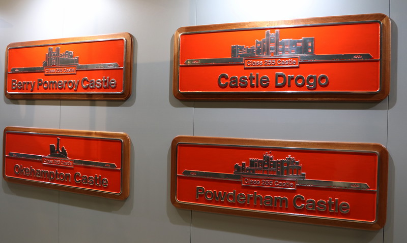Class 255 GWR HST Castle nameplates STEAM Swindon 5 September 2019