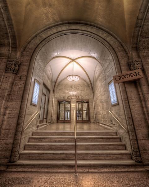 Graybar Building Entrance (2)