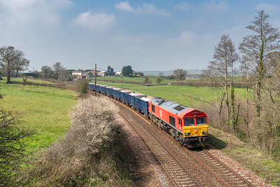 060419  66041 passes Follaton with the 6C12   10:55 Burngullow-Exeter Riverside