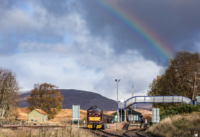 37676 stands at Rannoch station with the 5Z66 0900 Fort William J.Yd T.C. to Carnforth Steamtown