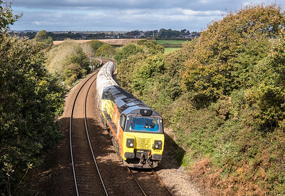 121017  .With Bolitho Viaduct in the shot 70808 roars past with the   6C36  ThO  11:38 Moorswater-Aberthaw cement works