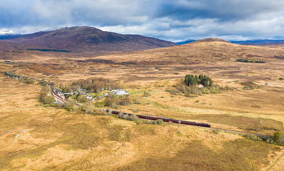 281019  37676  heads across rannoch moor with the 5Z66 0900 Fort William J.Yd T.C. to Carnforth Steamtown