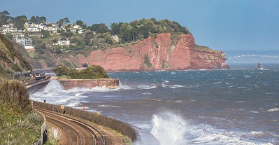 161017  FGW 125 passes the rough seas along the wall with the 1C83 1305 London Paddington to Plymouth