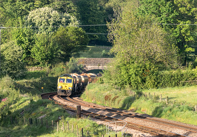 150518  ,66568 TnT 66550 approach Dorsley park with the 6X04 1832 Fairwater Yard to Plymouth Ground Signal 132
