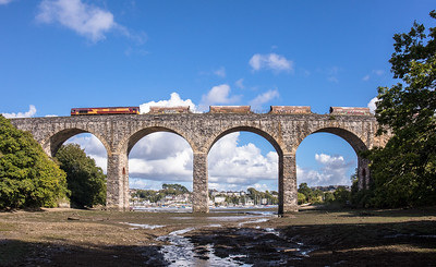 140917   66075 heads over Coombe by Saltash viaduct with the 6C53  ThO  15:06 St.Blazey-Exeter Riverside