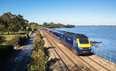271017   ..43162 passes powderham with the 1C82 1205 London Paddington to Penzance