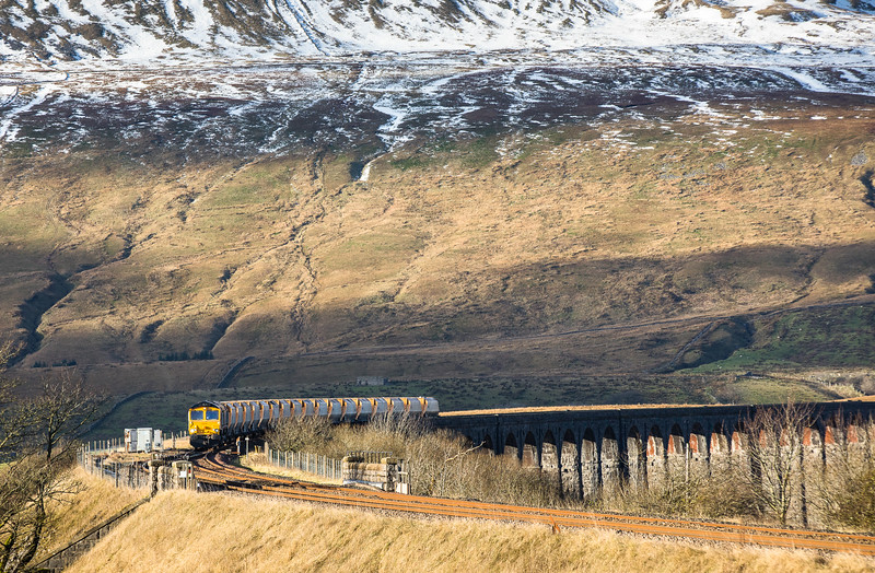 241116   Meanwhile I had made it to here and a very nervous 20 minutes or so waiting with cloud nearby,however it all ended well....66722 heads the 6M34 1212 Arcow Quarry Gbrf to Bredbury Tilcon Gbrf over Ribblehead viaduct.