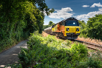 250718   ..70815  arrives at Coombe Junction with 6c35 the 0250 Aberthaw Tarmac Colas Rail to Moorswater