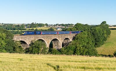 090718  .43079 heads the 1A77 0541 Penzance to London Paddington oever Bolitho Viaduct