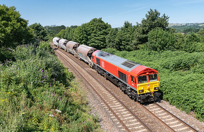 120718   .66131 with a measly load 4 is running 2 hours early passes carlyon Bay GC  with the 1200 Parkandillack to St Blazey Ss