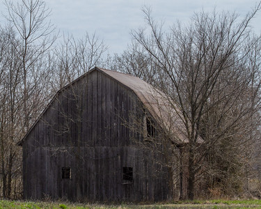 Old barn on 450 N in IL, I think.