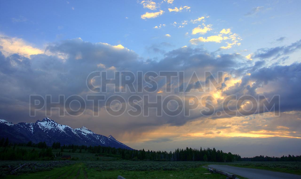 Sunrise over the Grand Tetons