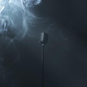 Single microphone in dark