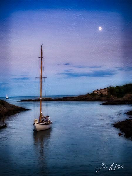 Sailing into Perkins Cove, Ogunquit Maine
