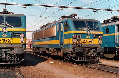 2754 at Schaarbeek Depot on 15th June 1996
