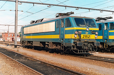 2152 at Schaarbeek Depot on 15th June 1996