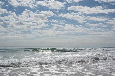 Rainbow Beach - waves