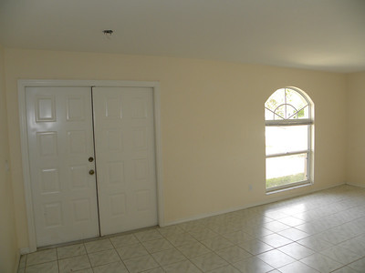 136 SE 17th Ter, Cape Coral, FL / AS-IS $89,900
