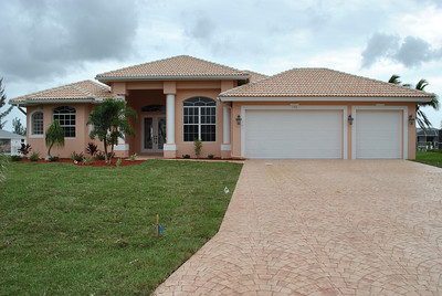 146 SW 35th Pl, Cape Coral, Fl