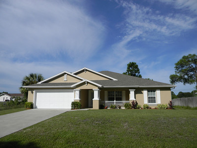 Beautiful 3 Bedroom/2 Bath Home With Home Office/Den, Totally Remodeled And Move-In Ready Today!