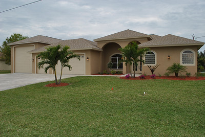 219 Aviation Pkwy. Cape Coral, FL