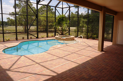 Pool, spa and sun lanai