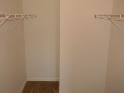 Large Master Bedroom Walk-In Closet!!