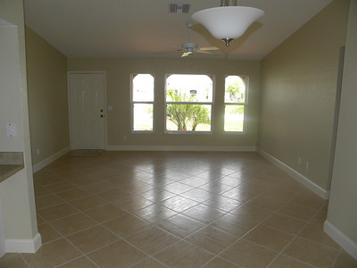606 SE 15th Ter, Cape Coral, FL $109,900