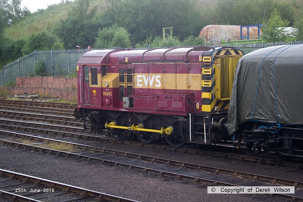 160625-015     Ex EWS class 08 0-6-0 diesel shunter no 08685 at Barrow Hill.. Built at Horwich this entered traffic in October 1959, as D3852