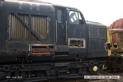 160625-044     A forlorn class 37 no 37188 stored at Barrow Hill. This was new in January 1963 as D6888.