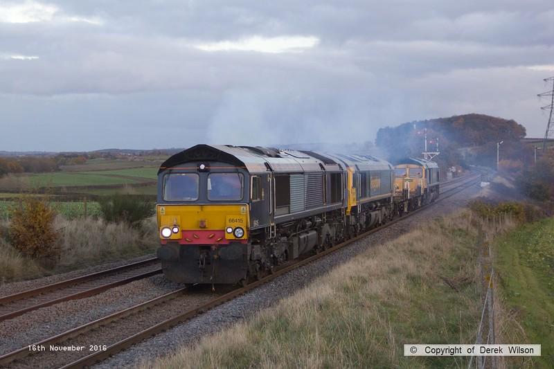 161116-029  Freightliner 66415 is seen clagging away as it passes the former Clipstone West Junction with 6Y37, 15.05 Thoresby colliery junction to Doncaster  up Decoy. In tow are stable mates 66951 & 66554 with ZAA wagons 460051 & 460052 in between. 66415 & 66951 returned th Tuxford later that evening, whilst 66554 was taken to Midland Road for attention.