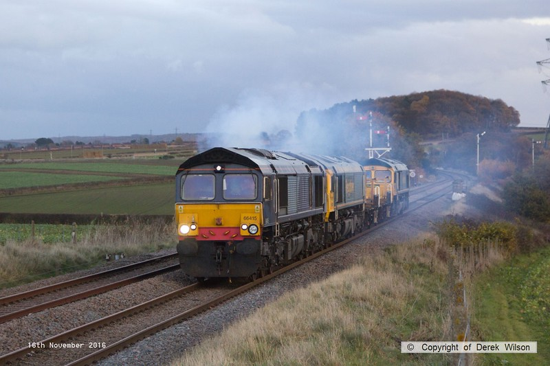 161116-026  Freightliner 66415 is seen clagging away as it passes the former Clipstone West Junction with 6Y37, 15.05 Thoresby colliery junction to Doncaster  up Decoy. In tow are stable mates 66951 & 66554 with ZAA wagons 460051 & 460052 in between. 66415 & 66951 returned th Tuxford later that evening, whilst 66554 was taken to Midland Road for attention.