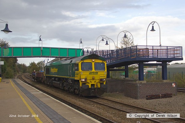 161022-001  Freightliner class 66/5 no 66515 passes through Mansfield Woodhouse, on the Robin Hood Line, powering engineers train 6Z39, 12.52 Doncaster Up Decoy to Toton North Yard, with just two wagons in tow.