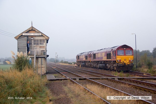 161025-040  DB Cargo class 66/0's no's 66054 & 66207 leaving Thoresby as 0Z42, 09.02 Thoresby Colliery to Doncaster, Belmont down yard.