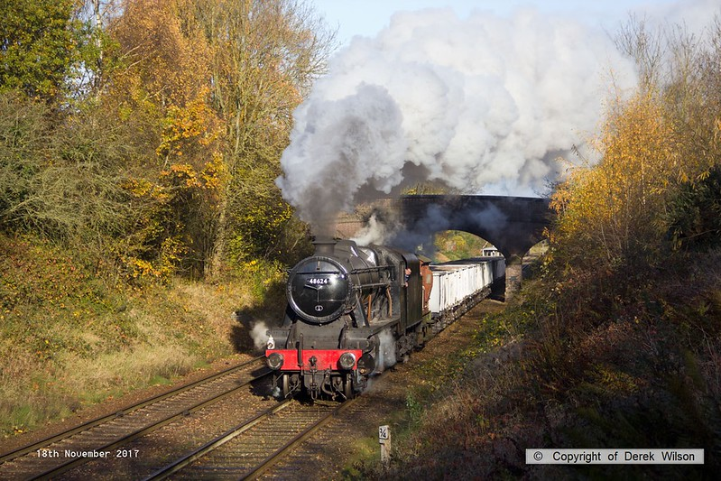 171118-018  LMS 8F 2-8-0 No 48624 is captured passing Charnwood with the mineral wagons, running as 9C09, 10:08 Loughborough - Rothley Brook.