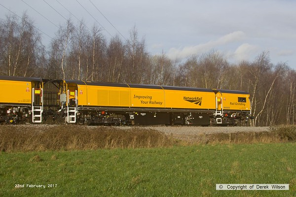 170222-032  DR79304, one of the four vehicles making up the consist of Loram CRG(01) Corrective Rail Grinder, seen leaving the High Marnham Test Track behind 31452.