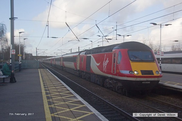 170207-040  Virgin East Coast class 43 no 43306 leads 1E11, the 07:52 Aberdeen - London King's Cross, captured speeding through Newark North Gate.