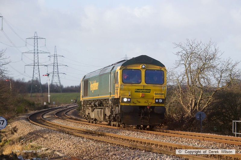 170111-003  Freightliner class 66/5 No 66596 passes Clipstone Junctions, running as 0Y37, 10:05 Toton North Yard - Thoresby Colliery Junction. This was heading to Tuxford to collect a High Output Ballast Cleaner that has been commissioned on the test track, an attempt to take it to Toton the previous week was aborted.