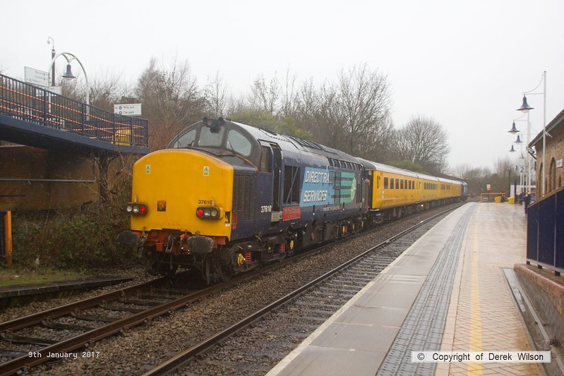 170109-004  Network Rail 'Plain Line Pattern Recognition' test train 1Q64, 08:53 Derby R.T.C. - Leeds, Neville Hill T. & R. S. M. D. is seen passing through Mansfield Woodhouse, powered 'top & tail' by Direct Rail Services class 37's No's 37602 & 37610.