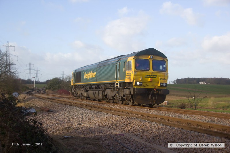 170111-005  Freightliner class 66/5 No 66596 passes Clipstone Junctions, running as 0Y37, 10:05 Toton North Yard - Thoresby Colliery Junction. This was heading to Tuxford to collect a High Output Ballast Cleaner that has been commissioned on the test track, an attempt to take it to Toton the previous week was aborted.