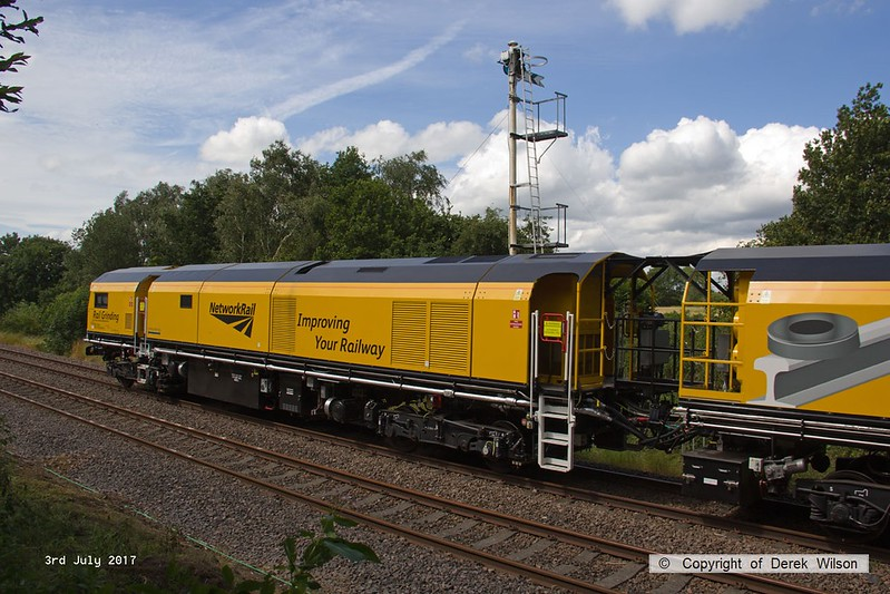 170703-004  DR 79401, one of the power cars of Loram Corrective Rail Grinder CRG2, captured passing the former Clipstone sidings at the rear of 6Z43, 12:10 Drax AES - Thoresby Colliery Junction.