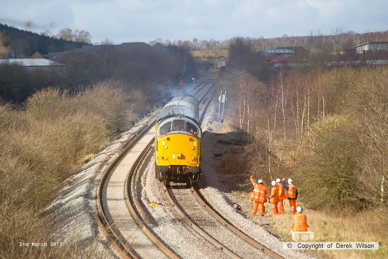 170302-002  A Network Rail test train powered by class 97 No 97301 & class 31 No 31233 (top & tail) are captured nearing Boughton Junction on the High Marnham Test Track. The ensemble visited the test track for callibration & arrived as 1Q01, 09:00 Derby RTC - Thoresby Colliery Junction.