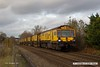 171114-007  A rather tired looking track machine, Loram Rail Grinder (C2101) is captured nearing Common Lane, Mansfield Woodhouse, running as 6Z01, York Engineers Yard - Chaddesden sidings, Derby. This comprises DR79231 - DR79237, of which DR79237 is the leading vehicle.