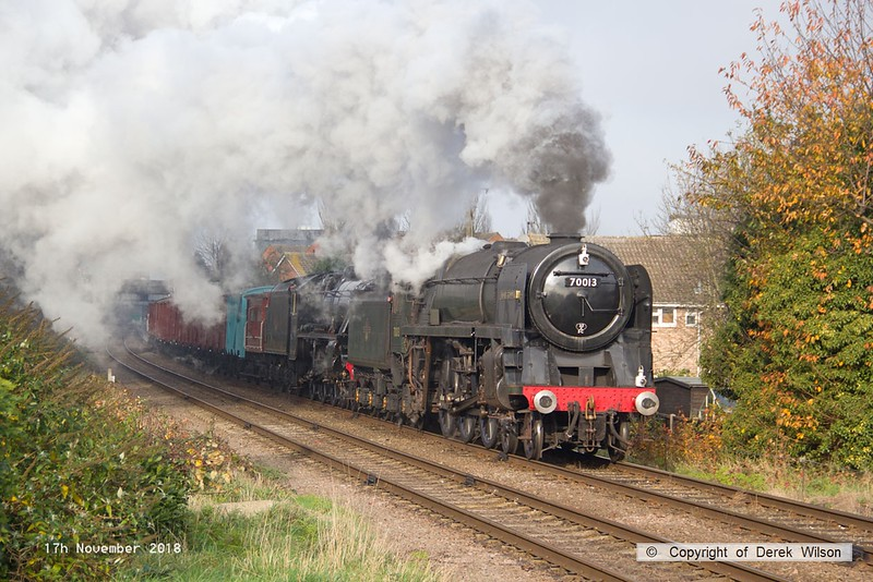 181117-017  BR Brittania 4-6-2 No. 70013 Oliver Cromwell & LMS black five 4-6-0 No 45303 Alderman A.E. Draper storming away from Loughborough with the vans, running as 7S14, 12:20 Loughborough - Swithland.