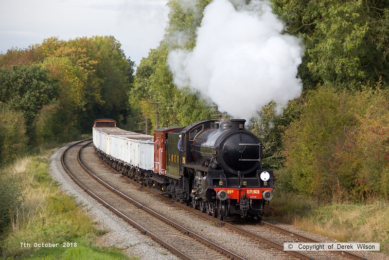 181007-067  LNER B1 4-6-0 No. 1264 (BR 61264) running in the guise of 1251 Oliver Bury, rounds the curve as it approaches Kinchley Lane with the mineral wagons, running as 9C28, the 14:00 Loughborough - Rothley Brook.