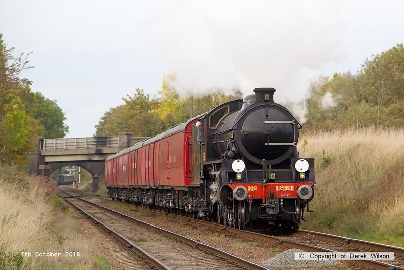 181007-089  LNER B1 4-6-0 No. 1264 (BR 61264) running in the guise of 1251 Oliver Bury, approaches Woodthorpe bridge with the TPO set, running as 1X36, the 15:50 Loughborough - Rothley Brook.