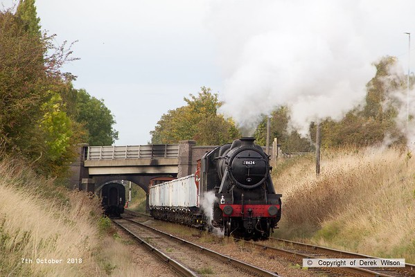 181007-083  LMS Stanier 8F 2-8-0 No. 48624 approaches Woodthorpe bridge with the mineral wagons, running as 9C35, the 15:30 Loughborough - Rothley Brook.