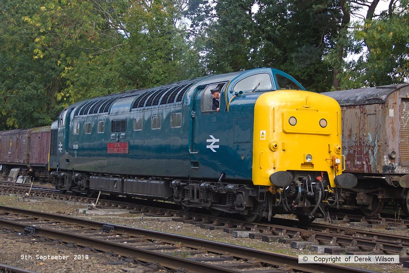 180909-058  English Electric 'Deltic' type 5 (class 55) No. 55019 Royal Highland Fusilier readying for action at Rothley.